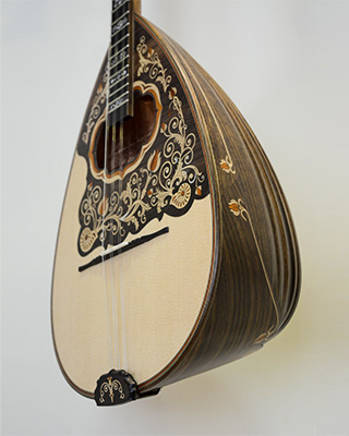 3 strings bouzouki
